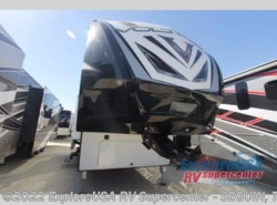New 2017  Dutchmen Voltage V4005 by Dutchmen from ExploreUSA RV Supercenter - SEGUIN, TX in Seguin, TX