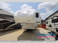 Used 2011  Heartland RV Sundance 3300QS by Heartland RV from ExploreUSA RV Supercenter - SEGUIN, TX in Seguin, TX