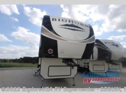 New 2018  Heartland RV Bighorn Traveler 38BH by Heartland RV from ExploreUSA RV Supercenter - SEGUIN, TX in Seguin, TX