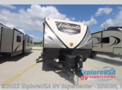 New 2018  CrossRoads Volante 32SB by CrossRoads from ExploreUSA RV Supercenter - SEGUIN, TX in Seguin, TX