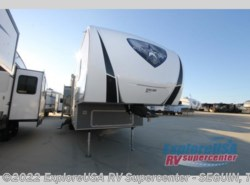 New 2019 Highland Ridge Silverstar Limited SF335MBH available in Seguin, Texas