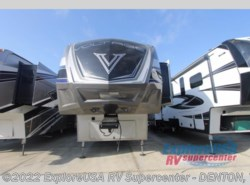 New 2017  Dutchmen Voltage V3990 by Dutchmen from ExploreUSA RV Supercenter - DENTON, TX in Denton, TX