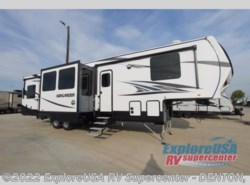New 2018  Highland Ridge Highlander HF350H by Highland Ridge from ExploreUSA RV Supercenter - DENTON, TX in Denton, TX