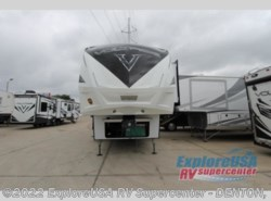 New 2019  Dutchmen Voltage V3805 by Dutchmen from ExploreUSA RV Supercenter - DENTON, TX in Denton, TX