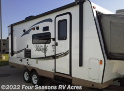 Used 2017  Forest River Flagstaff Shamrock 21SS by Forest River from Four Seasons RV Acres in Abilene, KS