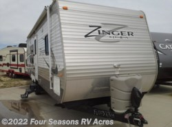 Used 2015  CrossRoads Zinger ZT30RK by CrossRoads from Four Seasons RV Acres in Abilene, KS