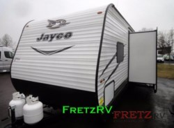 New 2017  Jayco Jay Flight SLX 287BHSW by Jayco from Fretz  RV in Souderton, PA