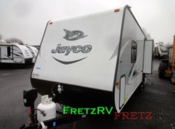 New 2017  Jayco Jay Feather 7 23RD by Jayco from Fretz  RV in Souderton, PA