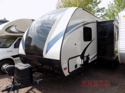 New 2017  CrossRoads Sunset Trail Super Lite SS264BH by CrossRoads from Fretz  RV in Souderton, PA
