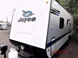 New 2018  Jayco Jay Feather 7 22BHM by Jayco from Fretz  RV in Souderton, PA