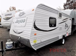 Used 2015  Jayco Jay Feather SLX 195RB by Jayco from Fretz  RV in Souderton, PA