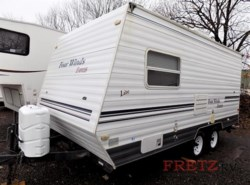 Used 2003 Four Winds International  19 T TRL. available in Souderton, Pennsylvania