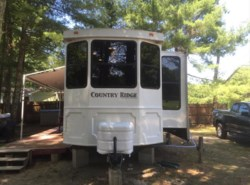 Used 2012  Heartland RV Country Ridge CR 40FKSS by Heartland RV from Fuller Motorhome Rentals in Boylston, MA