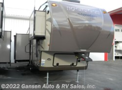 Used 2014  Forest River Rockwood Signature Ultra Lite 8289WS by Forest River from Gansen Auto & RV Sales, Inc. in Riceville, IA