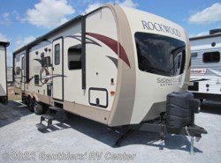 Used 2017  Forest River Rockwood Signature Ultra Lite 8311WS by Forest River from Gauthiers' RV Center in Scott, LA