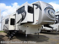 New 2018 Palomino Columbus 389FLC available in Scott, Louisiana