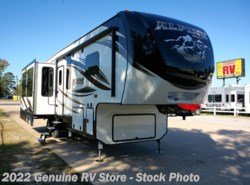 New 2017  Keystone Alpine 3011RE by Keystone from Genuine RV Store in Nacogdoches, TX
