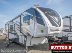 New 2018  Dutchmen Voltage Epic 4210 by Dutchmen from George Sutton RV in Eugene, OR