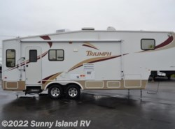 Used 2004  Fleetwood Triumph  31-5G by Fleetwood from Sunny Island RV in Rockford, IL