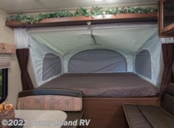 Used 2015  Dutchmen Aerolite  224ES by Dutchmen from Sunny Island RV in Rockford, IL