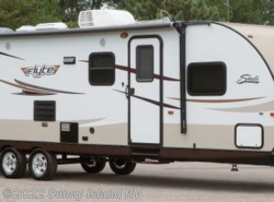 Used 2014  Shasta Flyte  255BH by Shasta from Sunny Island RV in Rockford, IL
