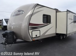 Used 2016  Cruiser RV Fun Finder  241LRK by Cruiser RV from Sunny Island RV in Rockford, IL