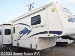 Used 2006 Keystone Montana Mountaineer 328RLS available in Rockford, Illinois