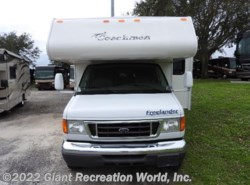Used 2007  Coachmen Freelander  3150SS by Coachmen from Giant Recreation World, Inc. in Melbourne, FL