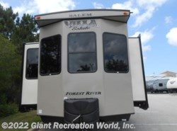 New 2018  Forest River  VILLA 4092BFL by Forest River from Giant Recreation World, Inc. in Ormond Beach, FL