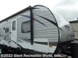 New 2018  Forest River Salem 30KQBSS by Forest River from Giant Recreation World, Inc. in Ormond Beach, FL