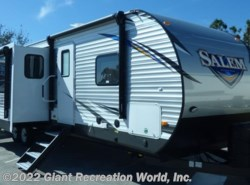 New 2018  Forest River Salem 32BHI by Forest River from Giant Recreation World, Inc. in Ormond Beach, FL