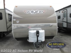 New 2017  Shasta Flyte 265RL by Shasta from AC Nelsen RV World in Omaha, NE