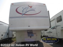 Used 2004  Forest River Cardinal 31LE by Forest River from AC Nelsen RV World in Omaha, NE