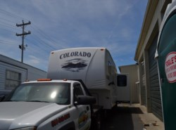 Used 2006  Dutchmen Colorado 27RL by Dutchmen from Delmarva RV Center in Milford, DE