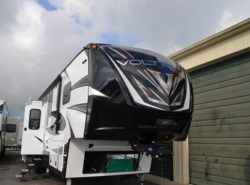 New 2017  Dutchmen Voltage 3990 by Dutchmen from Delmarva RV Center in Seaford in Seaford, DE