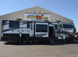 New 2018  Grand Design Momentum 376TH by Grand Design from Delmarva RV Center in Milford, DE