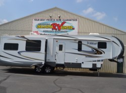 Used 2014  Forest River Wildcat 327CK by Forest River from Delmarva RV Center in Milford, DE