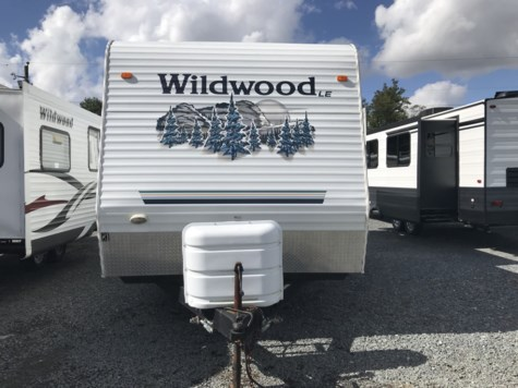2006 Forest River Wildwood 27RLSS