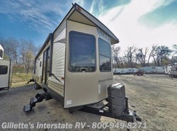 New 2017  Forest River Salem Villa Classic 39FDEN by Forest River from Gillette's RV in East Lansing, MI
