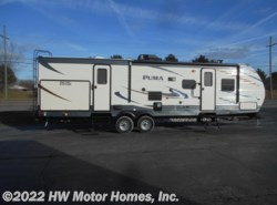 New 2018  Palomino Puma 31BHSS by Palomino from HW Motor Homes, Inc. in Canton, MI