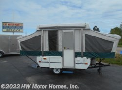 Used 2004  Fleetwood Trailers   by Fleetwood Trailers from HW Motor Homes, Inc. in Canton, MI