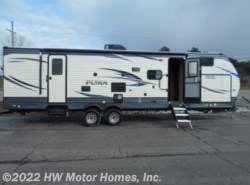 New 2018  Palomino Puma 30FBSS by Palomino from HW Motor Homes, Inc. in Canton, MI