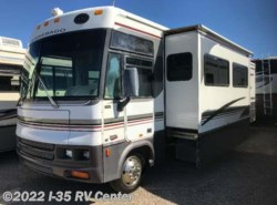 Used 2001  Winnebago Adventurer 32V by Winnebago from I-35 RV Center in Denton, TX