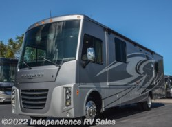 Used 2016  Winnebago Sightseer 33C by Winnebago from Independence RV Sales in Winter Garden, FL