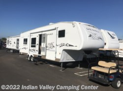 Used 2006  Dutchmen Denali 31RG by Dutchmen from Indian Valley Camping Center in Souderton, PA