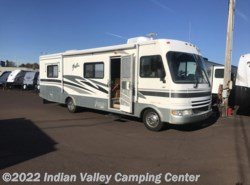 Used 2003  Fleetwood Fiesta 31H by Fleetwood from Indian Valley Camping Center in Souderton, PA