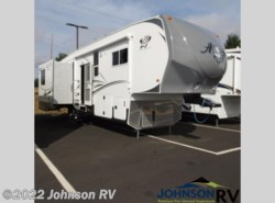 Used 2014  Northwood Arctic Fox 32-5M by Northwood from Johnson RV in Sandy, OR