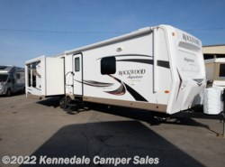 "Used 2016  Forest River Rockwood Signature Ultra Lite 8329SS 34'9"" by Forest River from Kennedale Camper Sales in Kennedale, TX"
