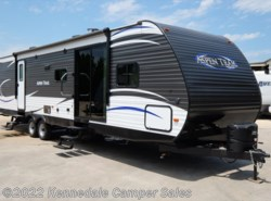 "New 2018  Dutchmen Aspen Trail 3600QBDS 39'9"" by Dutchmen from Kennedale Camper Sales in Kennedale, TX"