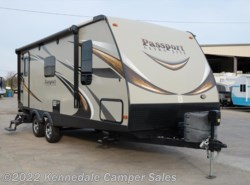 "Used 2016  Keystone Passport Elite 23RB 25'11"" by Keystone from Kennedale Camper Sales in Kennedale, TX"